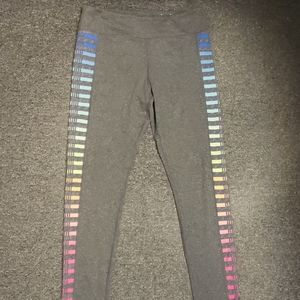 📣 Like new soft gray active leggings size XL